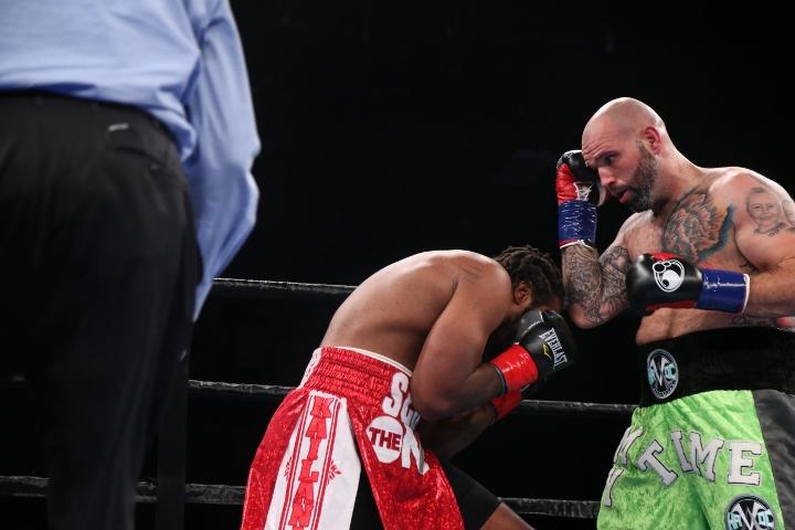 kauffman-alexander-fight (18)