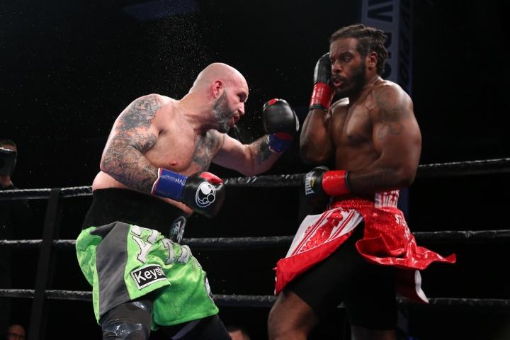 kauffman-alexander-fight (20)