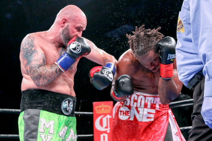 kauffman-alexander-fight (3)