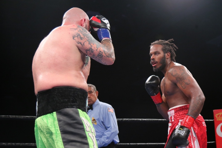 kauffman-alexander-fight (4)