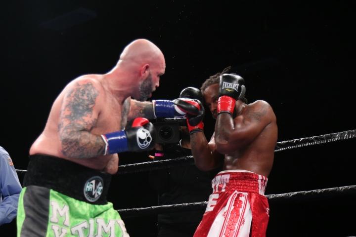 kauffman-alexander-fight (5)