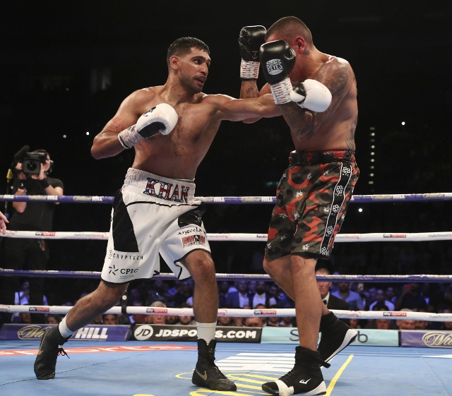khan-vargas-fight (16)