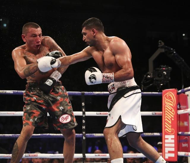 khan-vargas-fight (19)