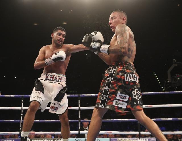 khan-vargas-fight (25)