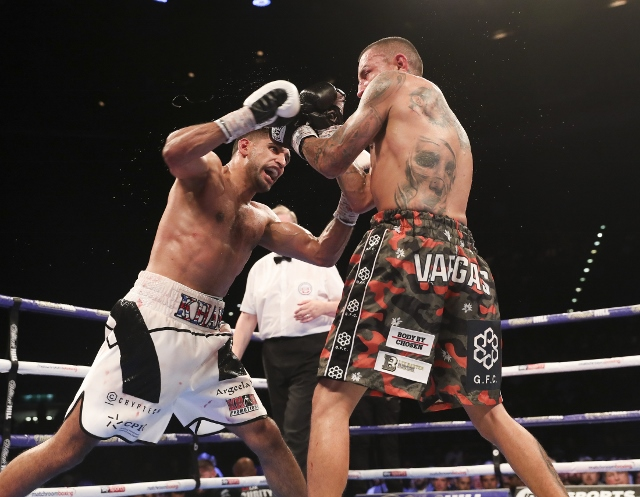 khan-vargas-fight (26)