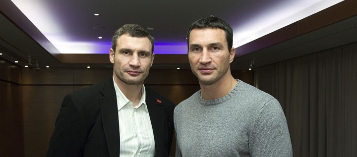Vitali Klitschko: If DAZN Offers $100 Million, Wladimir May