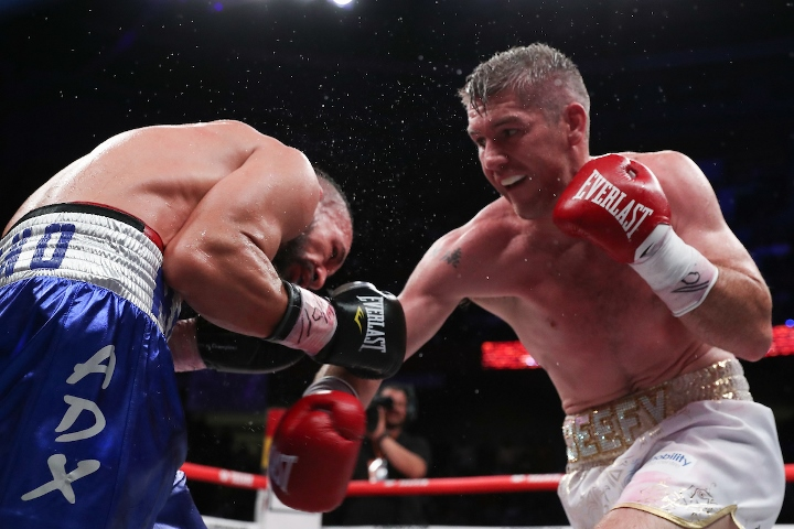 liam-smith-lozano-fight (14)