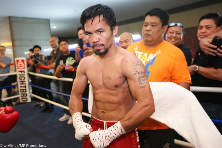 Manny Pacquiao stops Lucas Matthysse to win WBA world title
