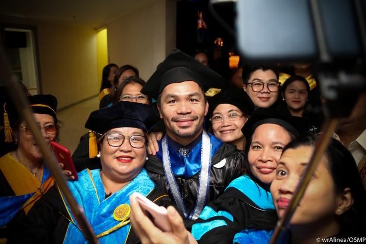 manny-pacquiao-graduation (11)