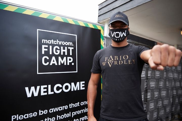 matchroom-fight-camp-arrivals (10)