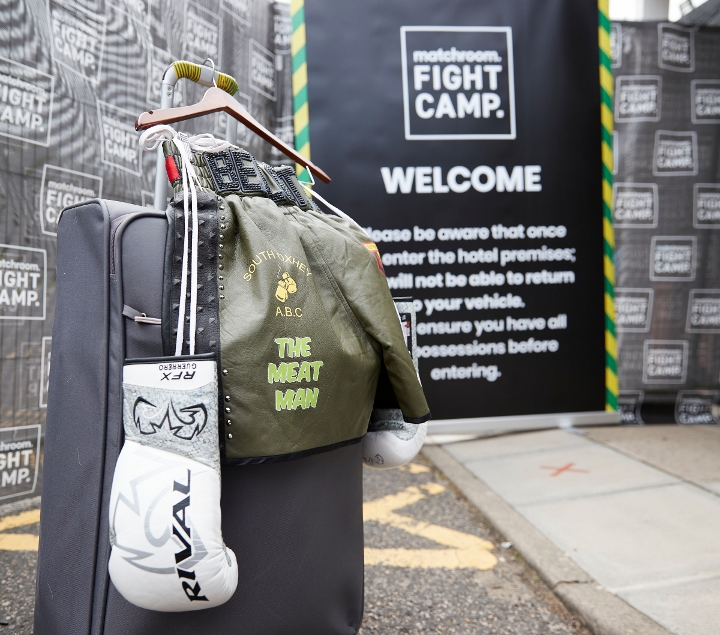 matchroom-fight-camp-arrivals (12)