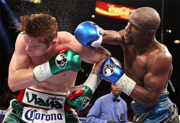 https://photo.boxingscene.com/uploads/mayweather-canelo-fight%20(5).jpg