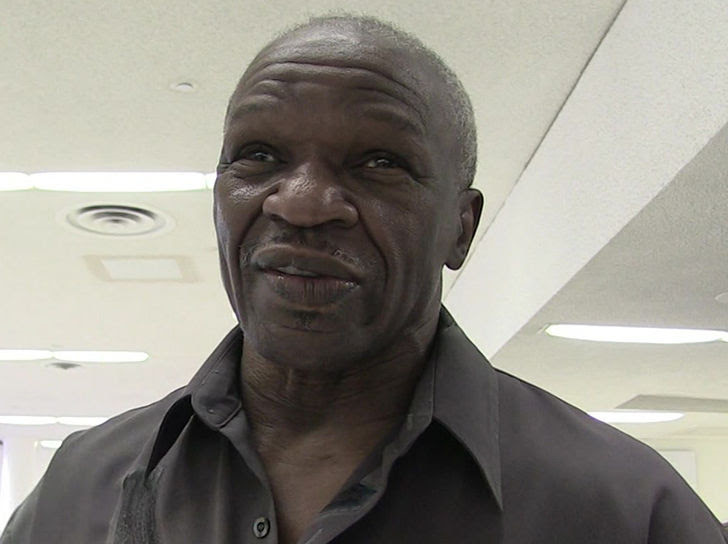 Las Vegas arrest warrant particulars Floyd Mayweather Sr. assault accusation