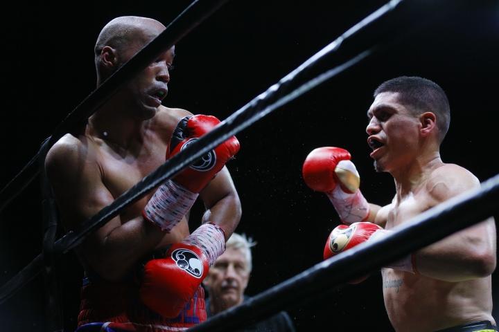 mendez-ramirez-fight (12)