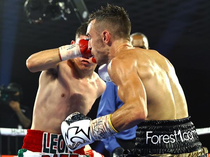 moloney-baez-fight (9)