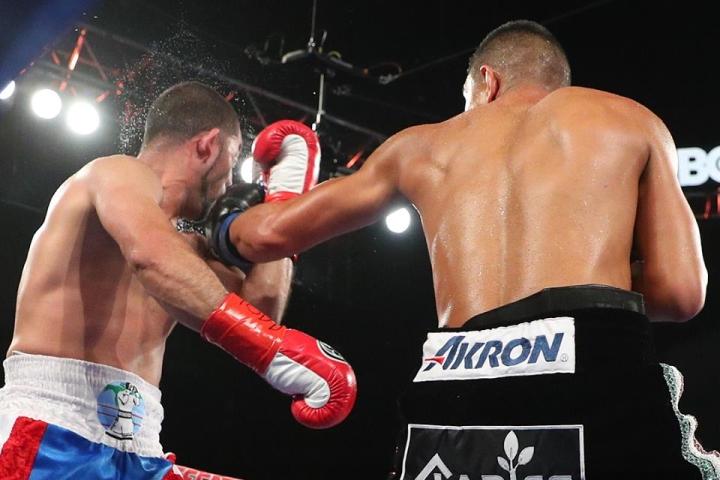 munguia-ali-fight (6)