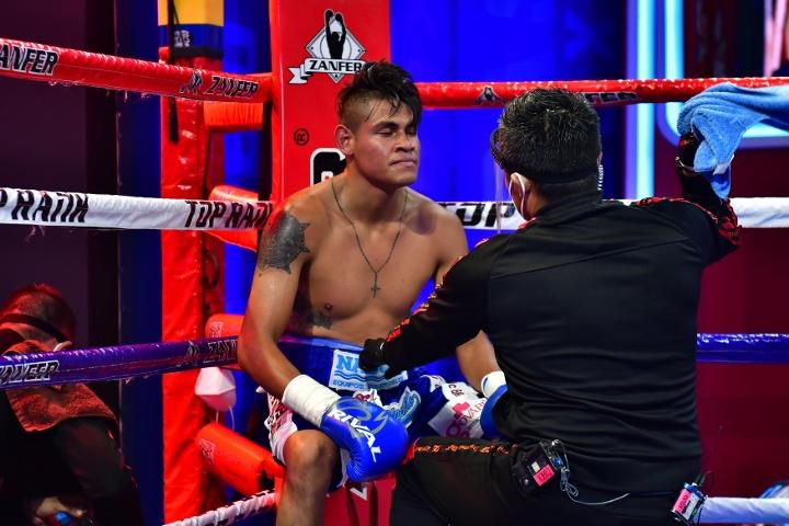 navarrete-lopez-fight (24)
