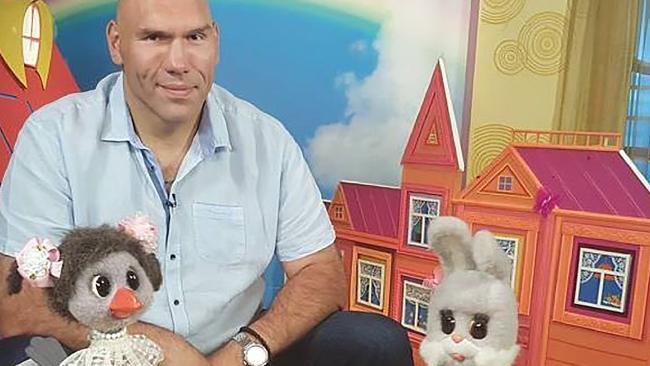 nikolai-valuev-children-tv