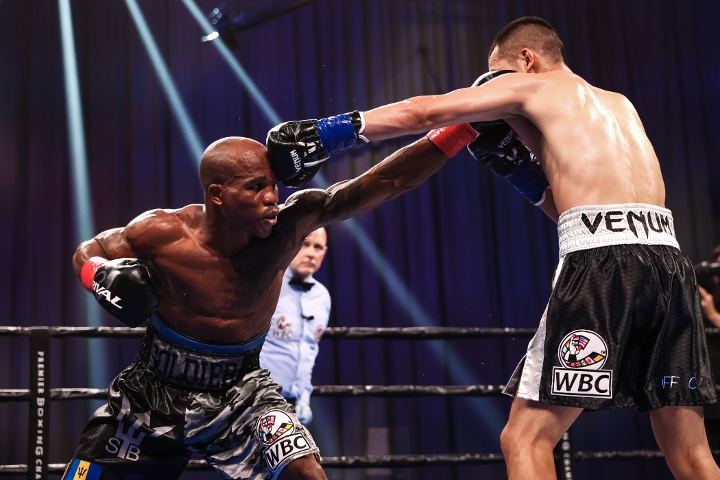 nyambayar-breedy-fight (10)