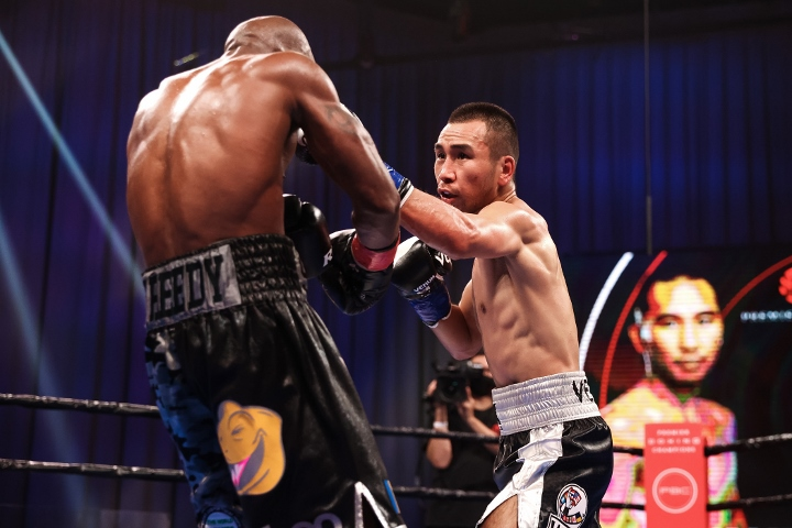 nyambayar-breedy-fight (19)