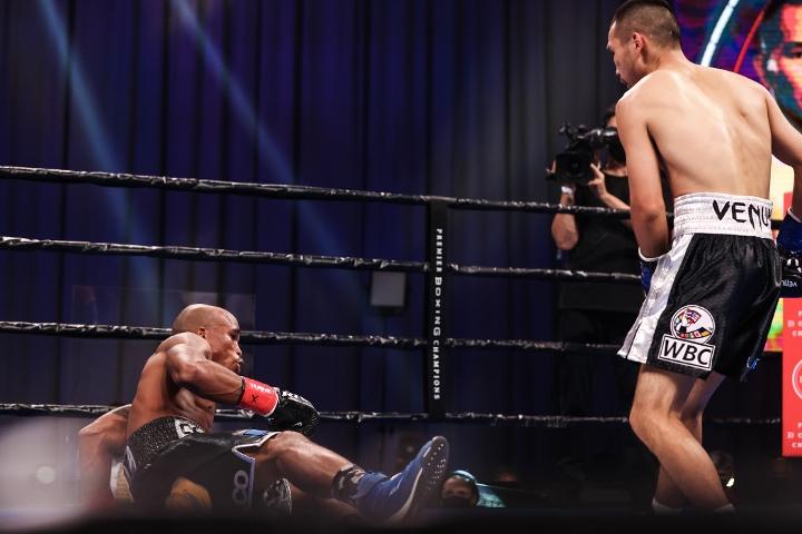 nyambayar-breedy-fight (6)