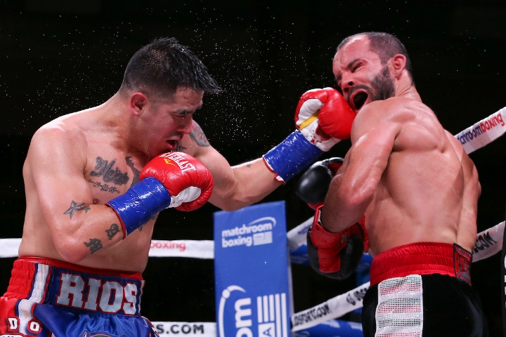 rios-alvarez-fight (1)