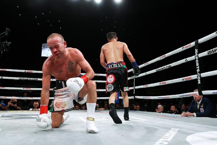 roman-doheny-fight (29)