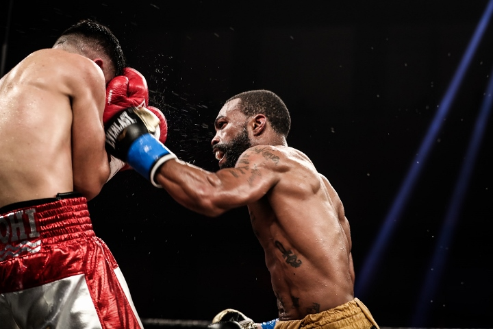russell-diaz-fight (21)