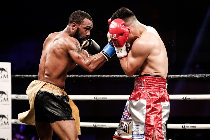 russell-diaz-fight (26)