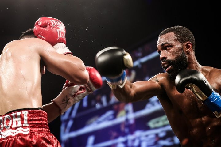 russell-diaz-fight (27)