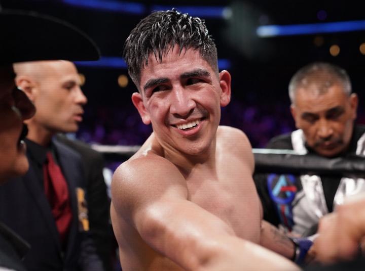 santa-cruz-rivera-fight (16)
