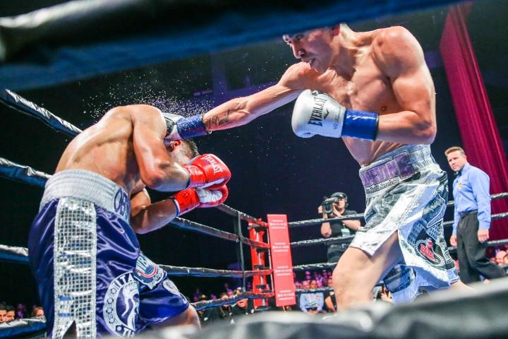 santa-cruz-rivera-fight (8)