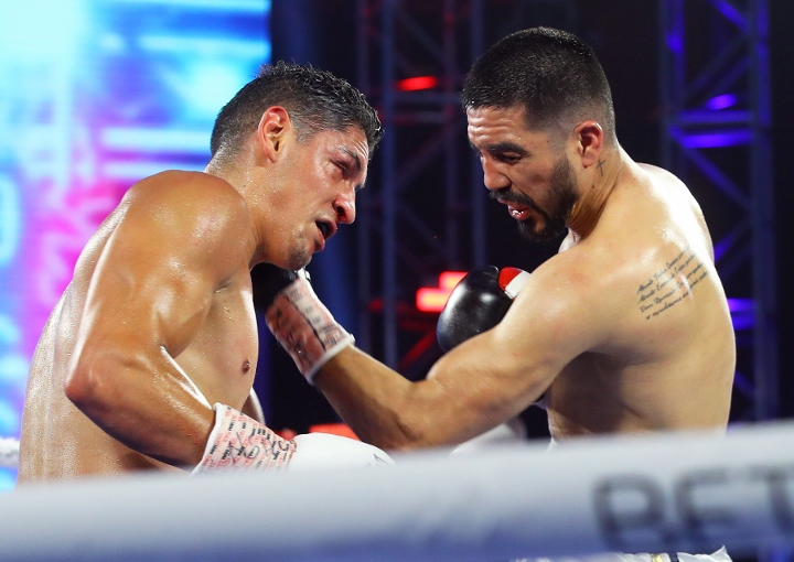 santillan-demarco-fight (10)