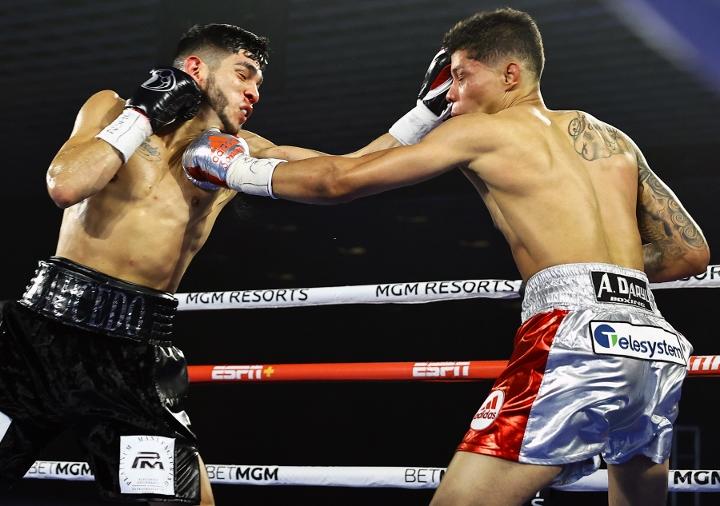 saucedo-fredrickson-fight (8)
