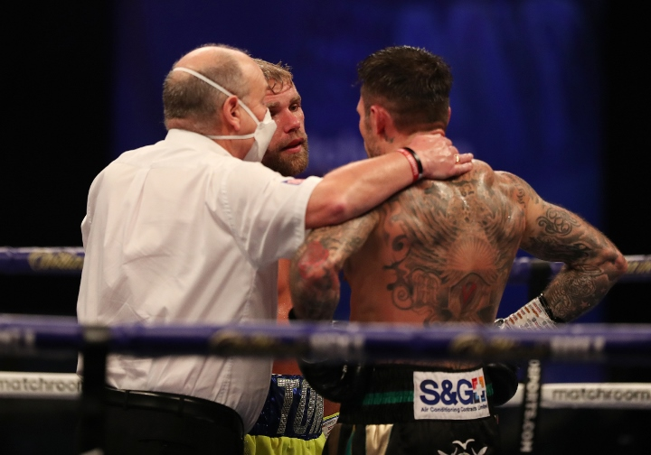 saunders-murray-fight (22)