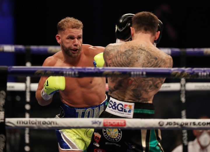 saunders-murray-fight (3)