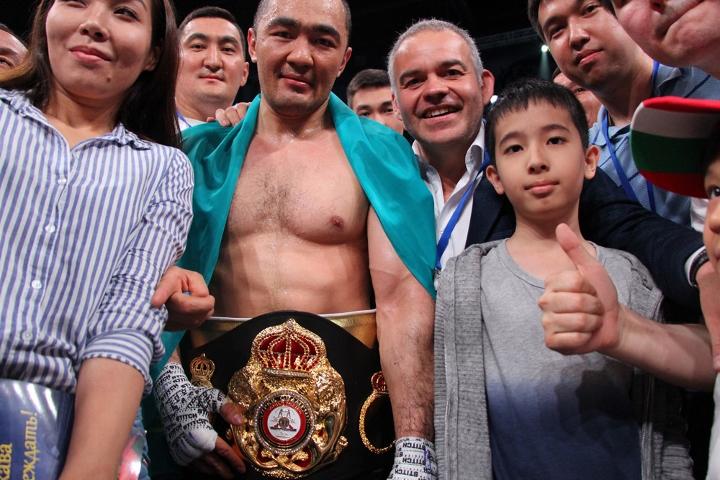 shumenov-altunkaya-fight (12)