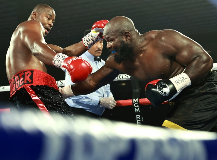 takam-forrest-fight (3)