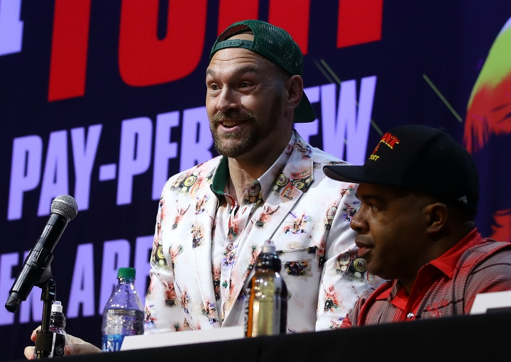 Tyson Fury says he will make boxing comeback in May
