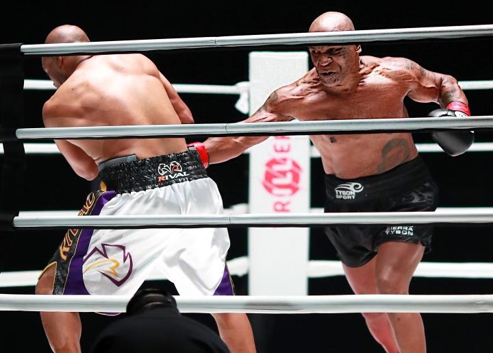 tyson-jones-fight-joe-scarnici-getty-triller (12)