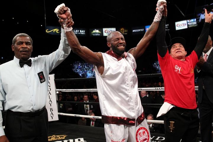 ugas-robinson-fight (1)