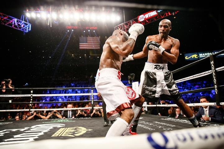 ugas-robinson-fight (14)