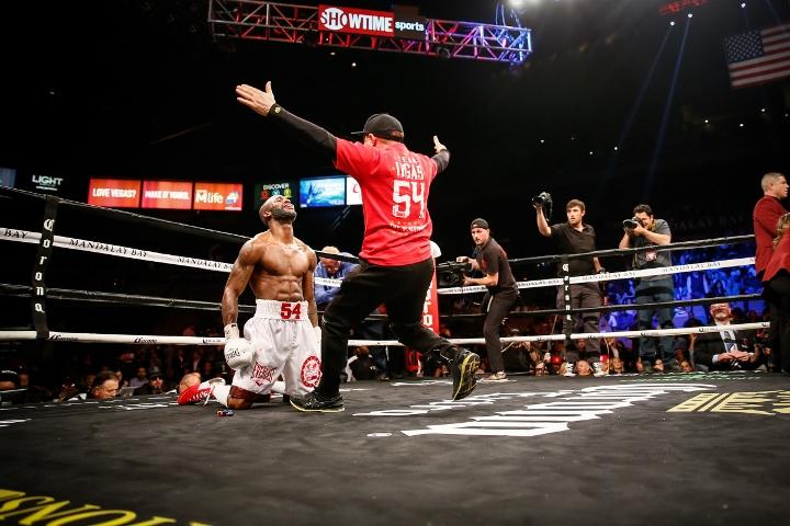 ugas-robinson-fight (16)