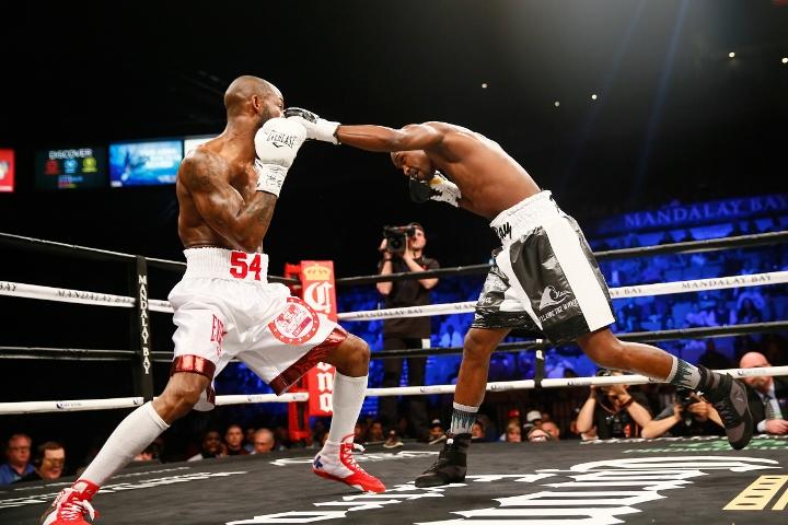 ugas-robinson-fight (4)