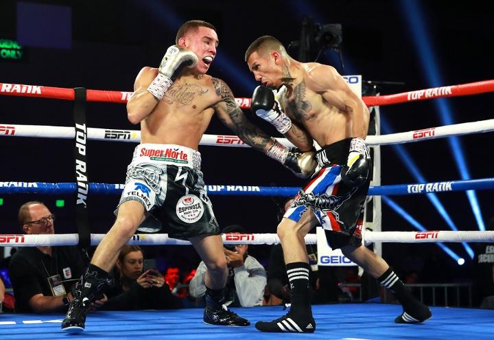 valdez-sanchez-fight (11)