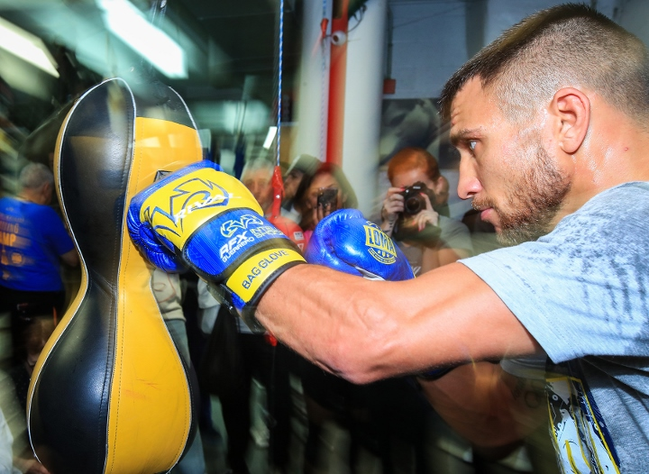 http://photo.boxingscene.com/uploads/vasyl-lomachenko%20(4)_9.jpg