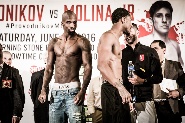 weigh in-0012 (Demetrius Andrade and WIllie Nelson) (720x480)