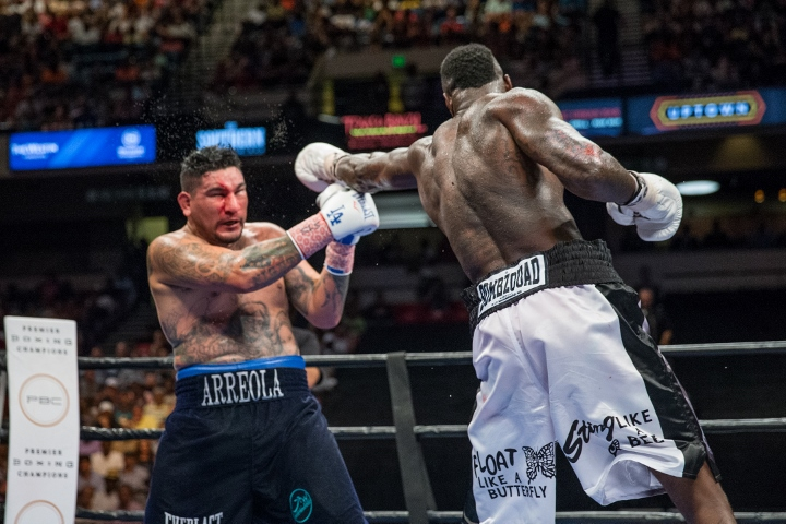 wilder-arreola-fight (13)