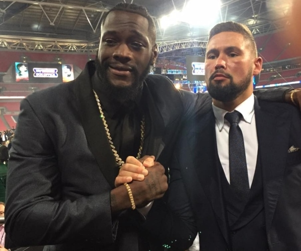 Fury's father restrained as Wilder crashes Pianeta weigh