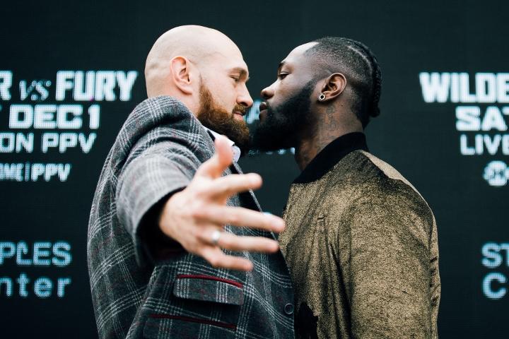 https://photo.boxingscene.com/uploads/wilder-fury%20(36).jpg